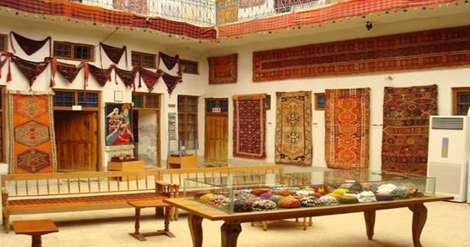 Calico-Museum-of-Textiles,-Ahmedabad