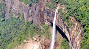 nohkalikai-falls,-meghalaya