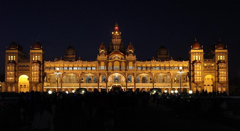 Mysore-Palace,-Mysore