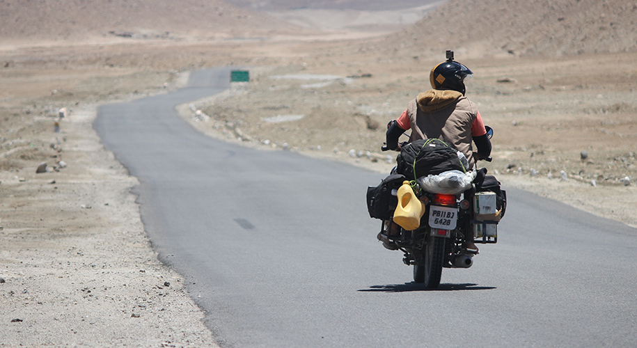 Embark-on-Manali-to-Leh-Bike-Trip